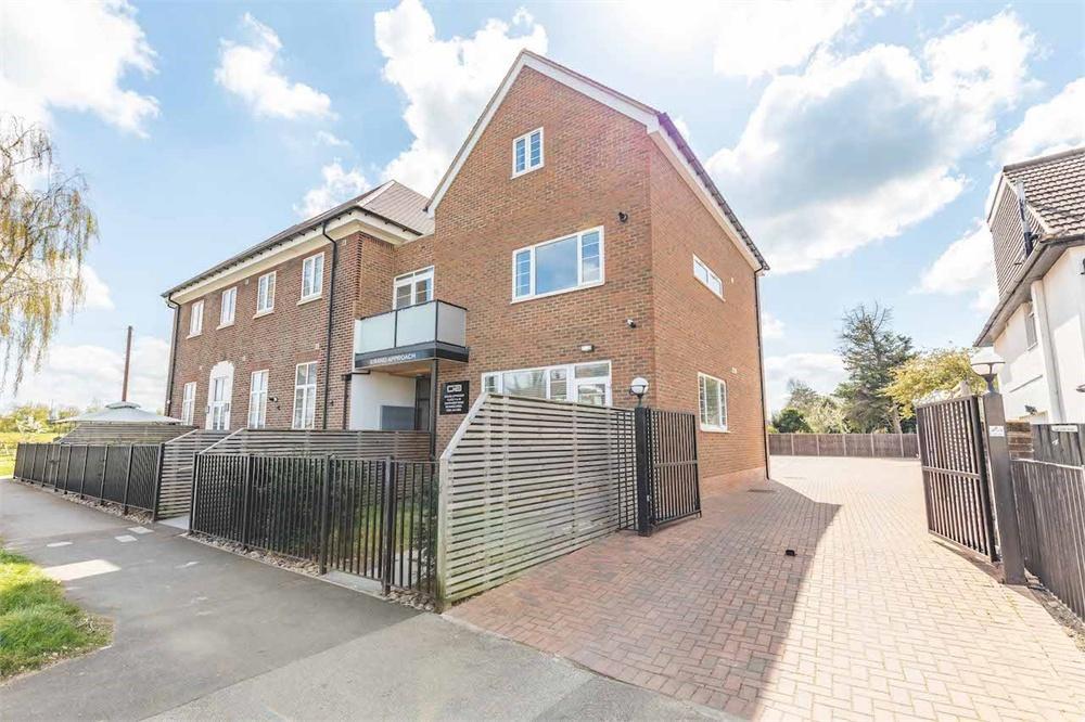 2 bed apartment for sale in Grand Approach, 2 Bathurst Walk, Richings Park, Buckinghamshire, Richings Park, SL0