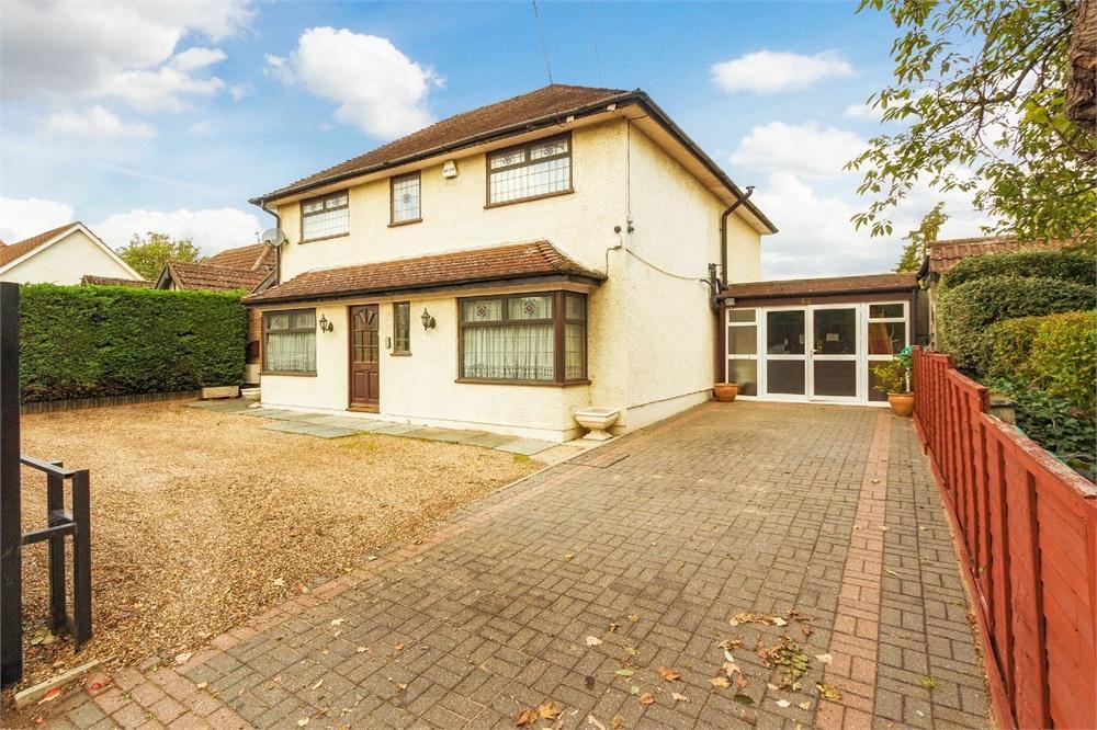 5 bed house for sale in Richings Way, Richings Park, Buckinghamshire, Richings Park, SL0
