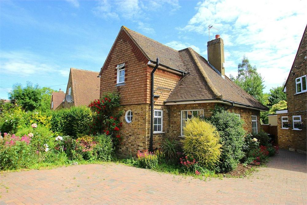 3 bed house to rent in Chequers Orchard, Iver, Buckinghamshire, Iver, SL0