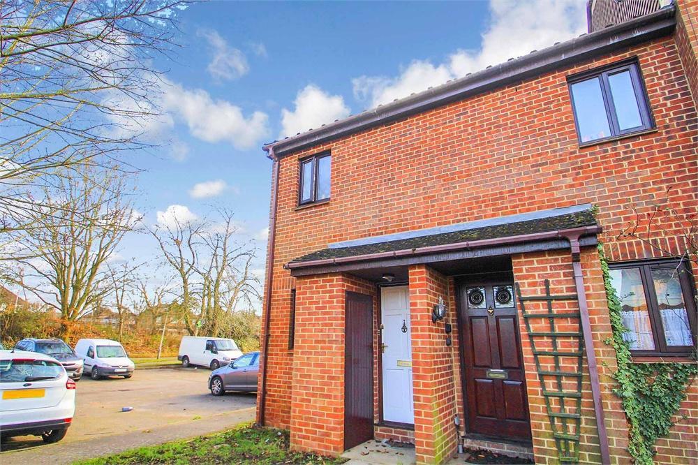 1 bed house to rent in Newcourt, Uxbridge, Greater London, Uxbridge, UB8