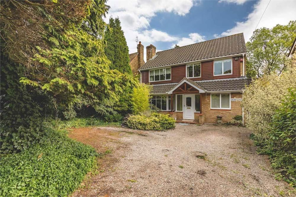 4 bed house for sale in Langley Park Road, Iver, Buckinghamshire, Iver, SL0