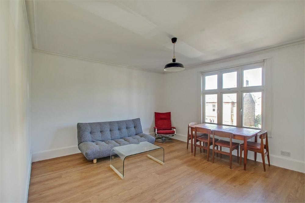 2 bed apartment to rent in Hencroft Street South, Slough, Berkshire, Slough, SL1