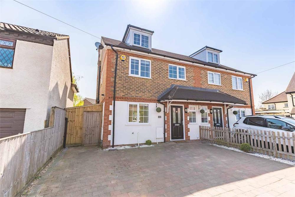 4 bed house for sale in Olive Tree Cottage, Eastfield Road, Burnham, Buckinghamshire, Burnham, SL1