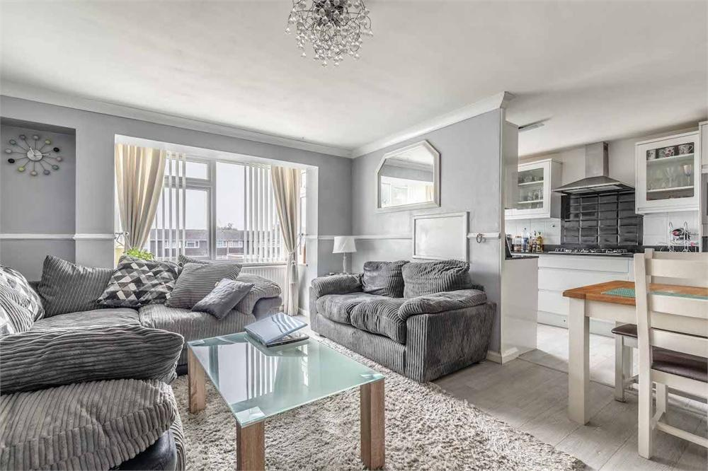 2 bed apartment for sale in Fairview Road, Taplow, Buckinghamshire, Taplow, SL6