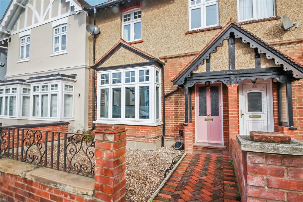 3 bed house for sale in Willoughby Road, Langley, Berkshire, Langley, SL3