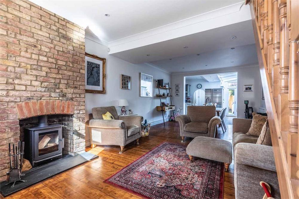 2 bed house for sale in Datchet Place, Datchet, Berkshire, Datchet, SL3
