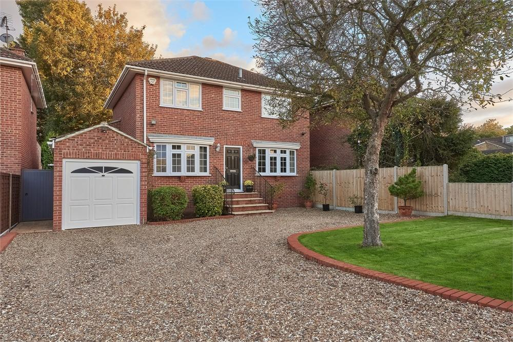 4 bed house for sale in Gloucester Drive, Wraysbury, Berkshire, Wraysbury, TW18