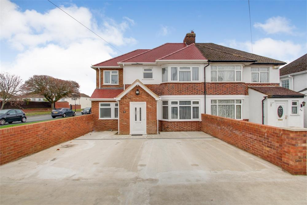 6 bed house to rent in Haymill Road, Slough, Berkshire, Slough, SL1