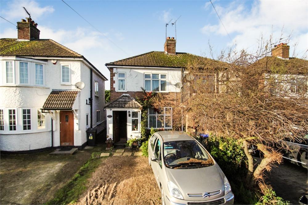 2 bed house to rent in Newtown Road, Denham, Buckinghamshire, Denham, UB9