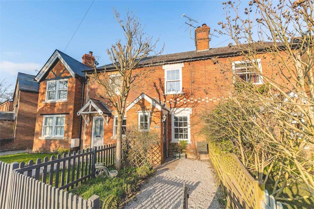 2 bed house for sale in Winkfield Row, Winkfield Row, Berkshire, Winkfield Row, RG42