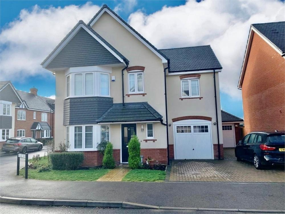 4 bed house to rent in Oxlade Drive, Langley, Berkshire, Langley, SL3