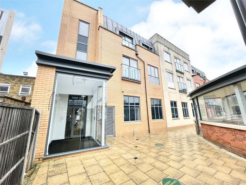 2 bed apartment to rent in High Street, Egham, Surrey, Egham, TW20