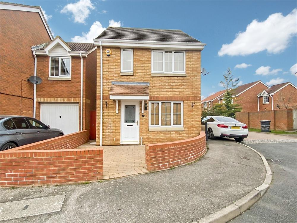 3 bed house to rent in Deverills Way, Langley, Berkshire, Langley, SL3