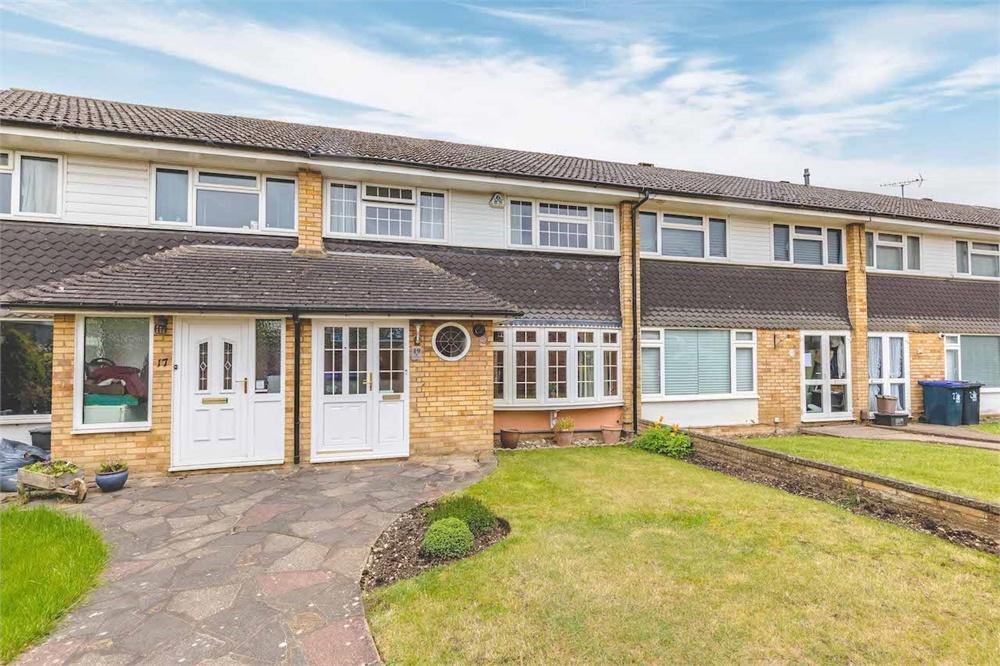 3 bed house for sale in Warren Field, Iver, Buckinghamshire, Iver, SL0