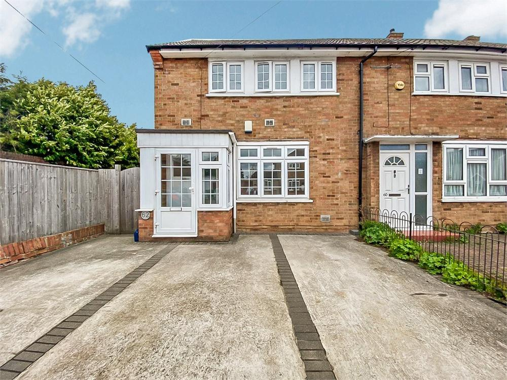 3 bed house to rent in Cockett Road, Langley, Berkshire, Langley, SL3