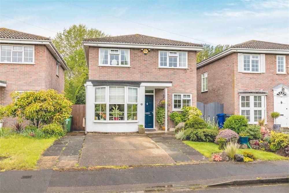 4 bed house for sale in Eton Close, Datchet, Berkshire, Datchet, SL3