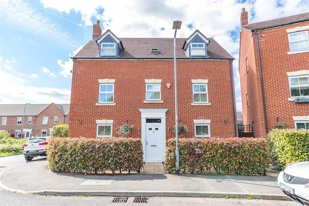 5 bed house for sale in James Meadow, Langley, Berkshire, Langley, SL3