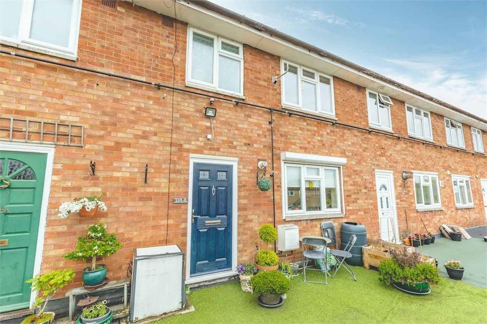 2 bed apartment for sale in Nursery Road, Taplow, Buckinghamshire, Taplow, SL6