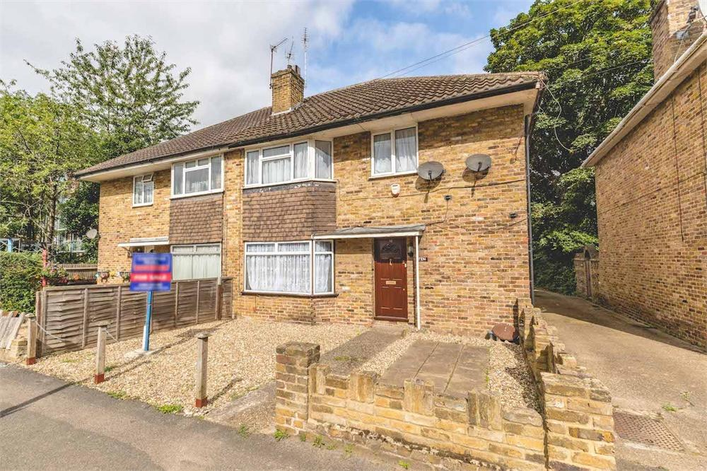 2 bed apartment for sale in Packet Boat Lane, Uxbridge, Middlesex, Uxbridge, UB8