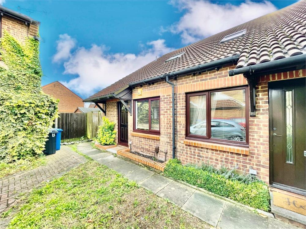 1 bed house to rent in Cobb Close, Datchet, Berkshire, Datchet, SL3