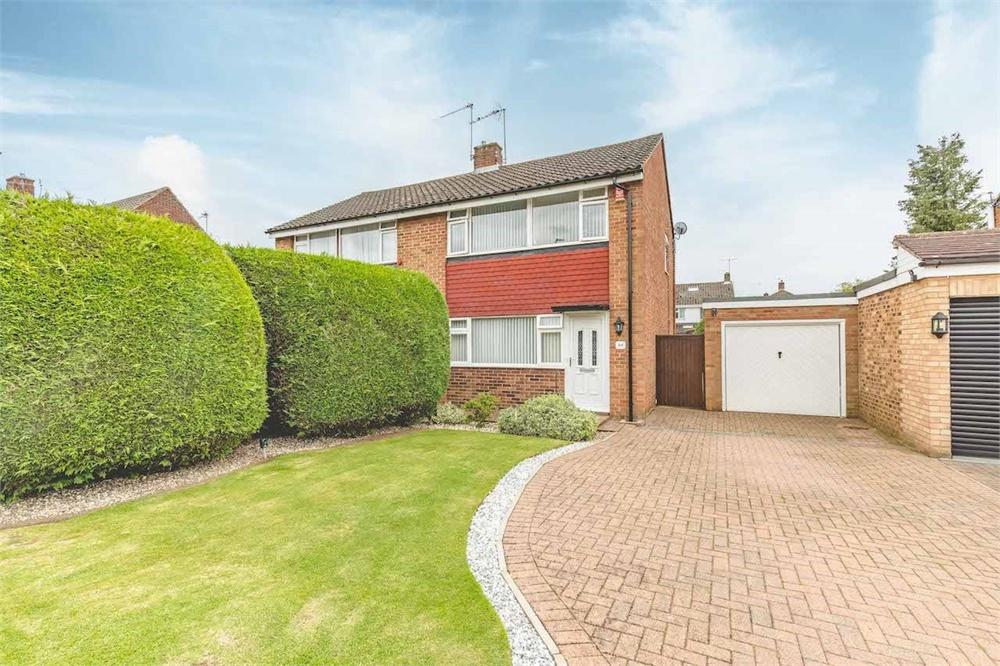 3 bed house for sale in Ember Road, Langley, Berkshire, Langley, SL3
