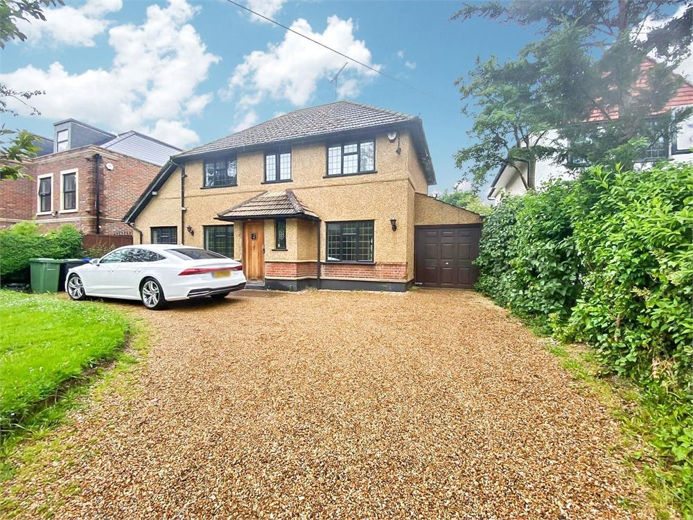 4 bed house to rent in Richings Way, Iver, Buckinghamshire, Iver, SL0