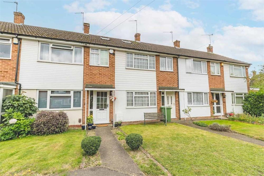 3 bed house for sale in Cherry Avenue, Langley, Berkshire, Langley, SL3