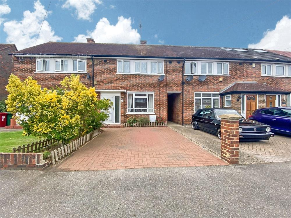 2 bed house to rent in Trelawney Avenue, Langley, Berkshire, Langley, SL3