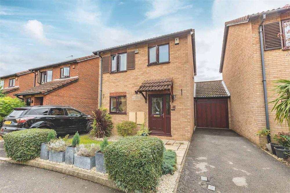 3 bed house for sale in Garnet Close, Cippenham, Berkshire, Cippenham, SL1