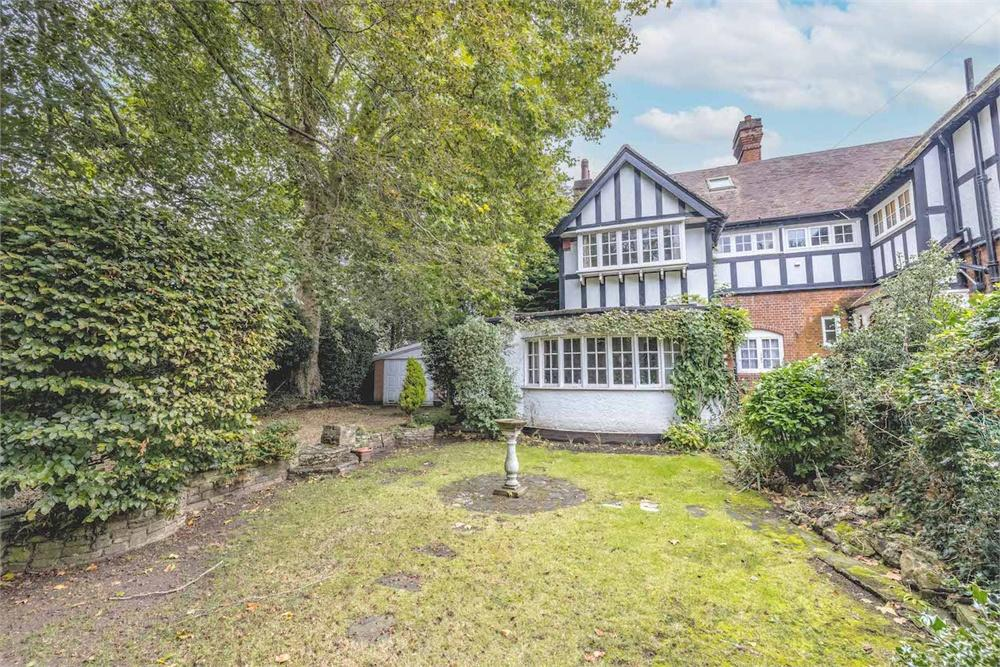 3 bed house for sale in The Avenue, Datchet, Berkshire, Datchet, SL3
