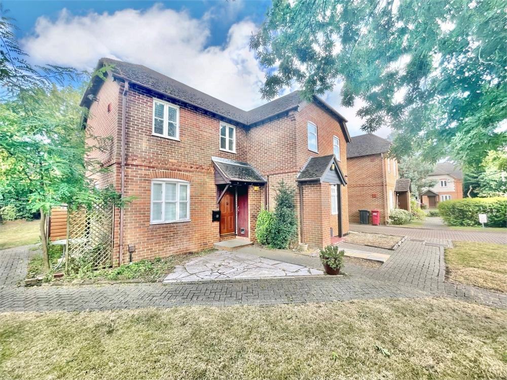 1 bed house to rent in St Thomas Walk, Colnbrook, Berkshire, Colnbrook, SL3