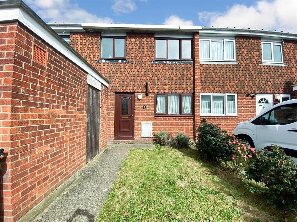 3 bed house to rent in Grampian Way, Langley, Berkshire, Langley, SL3