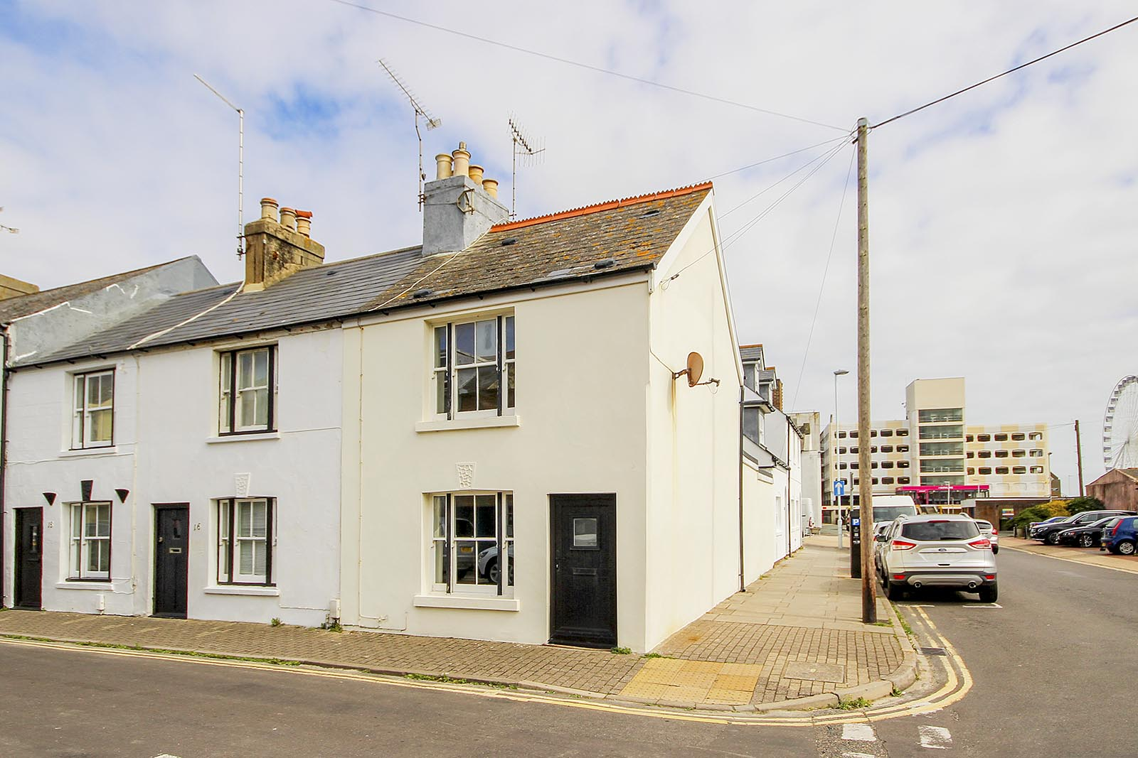 3 bed house to rent in New Street, Worthing - Property Image 1