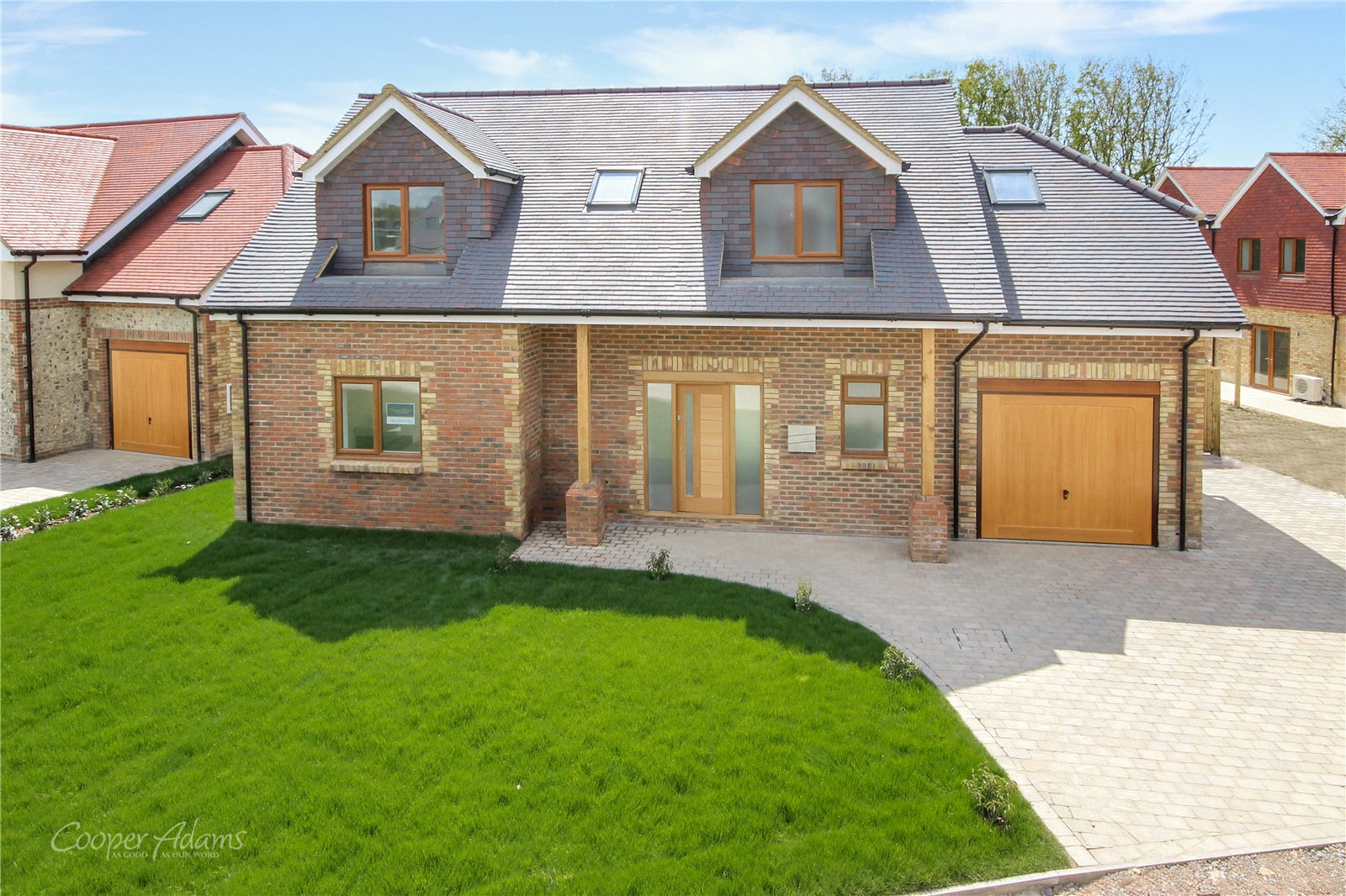 3 bed house for sale in Swallows Gate, Dappers Lane, Angmering  - Property Image 1