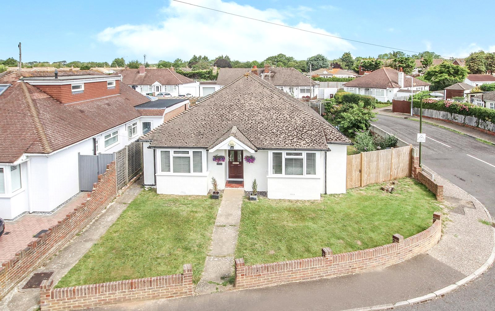 4 bed bungalow for sale in Worthing Road, East Preston, BN16