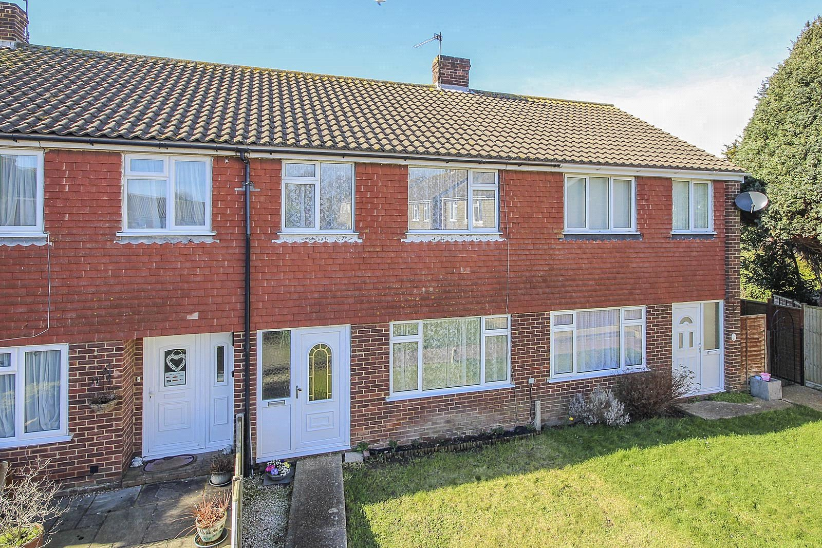 3 bed house for sale in Barnsite Close, Rustington  - Property Image 1