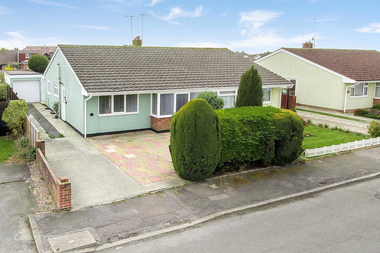 2 bed bungalow for sale in Saxon Close, East Preston, BN16
