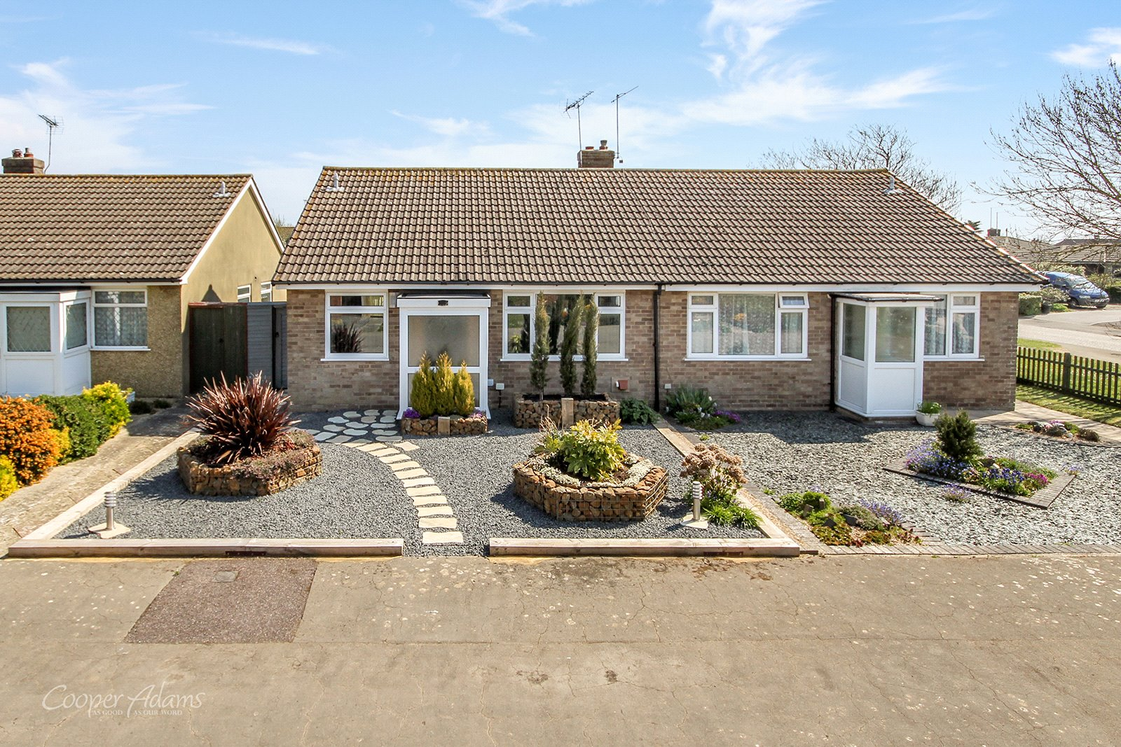 2 bed bungalow to rent in Ashurst Way, East Preston, BN16