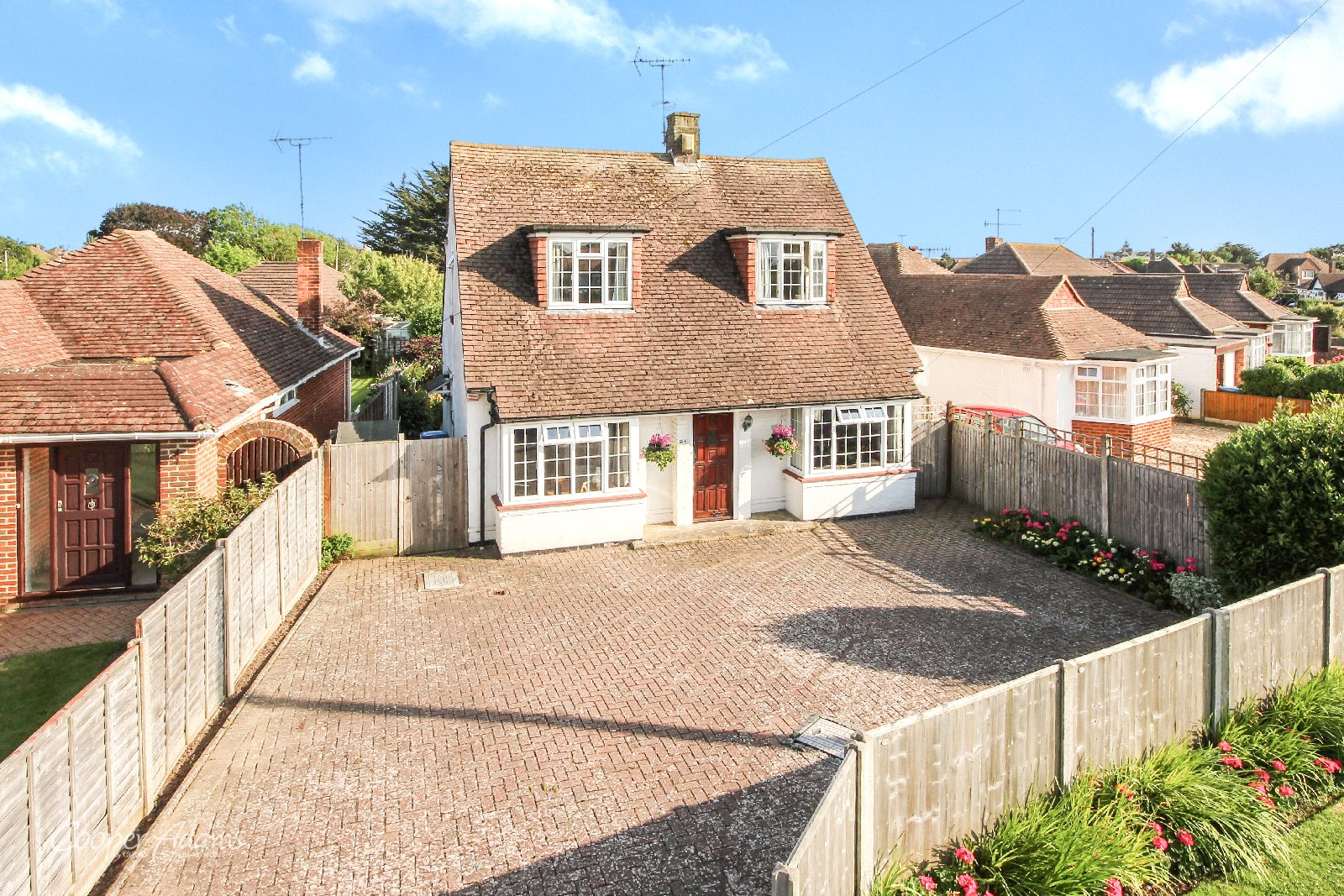 3 bed house for sale in The Crescent, Rustington, BN16