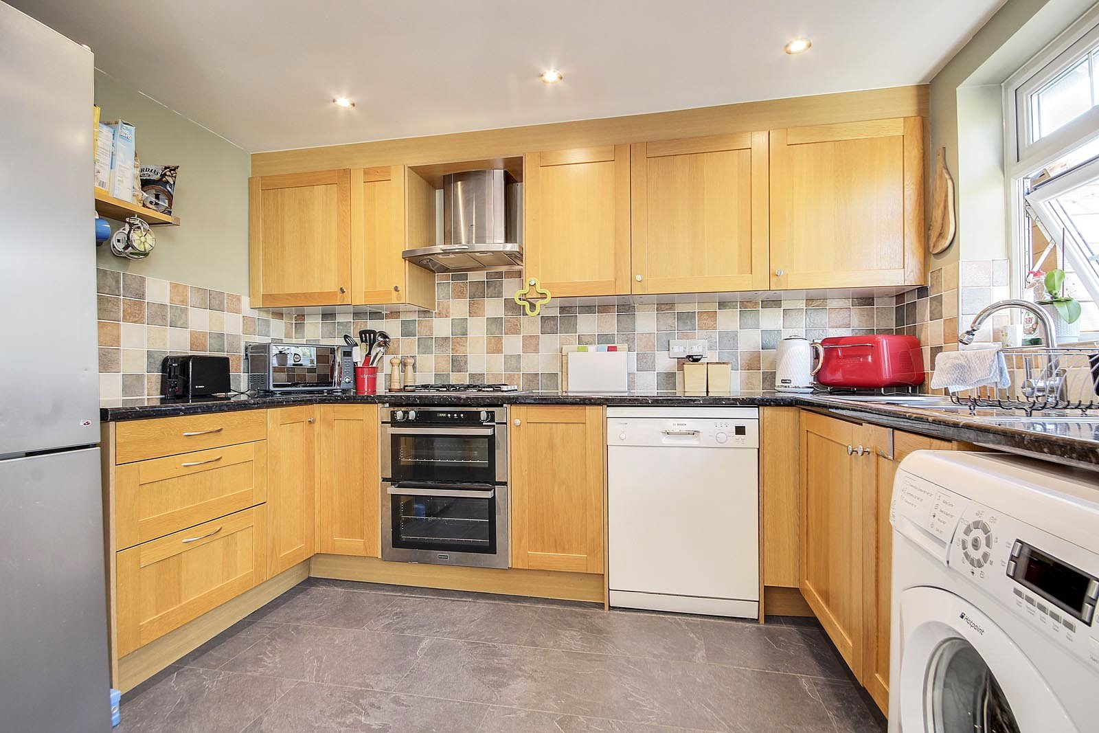 3 bed house for sale in Littlehampton, BN17 6RJ  - Property Image 2