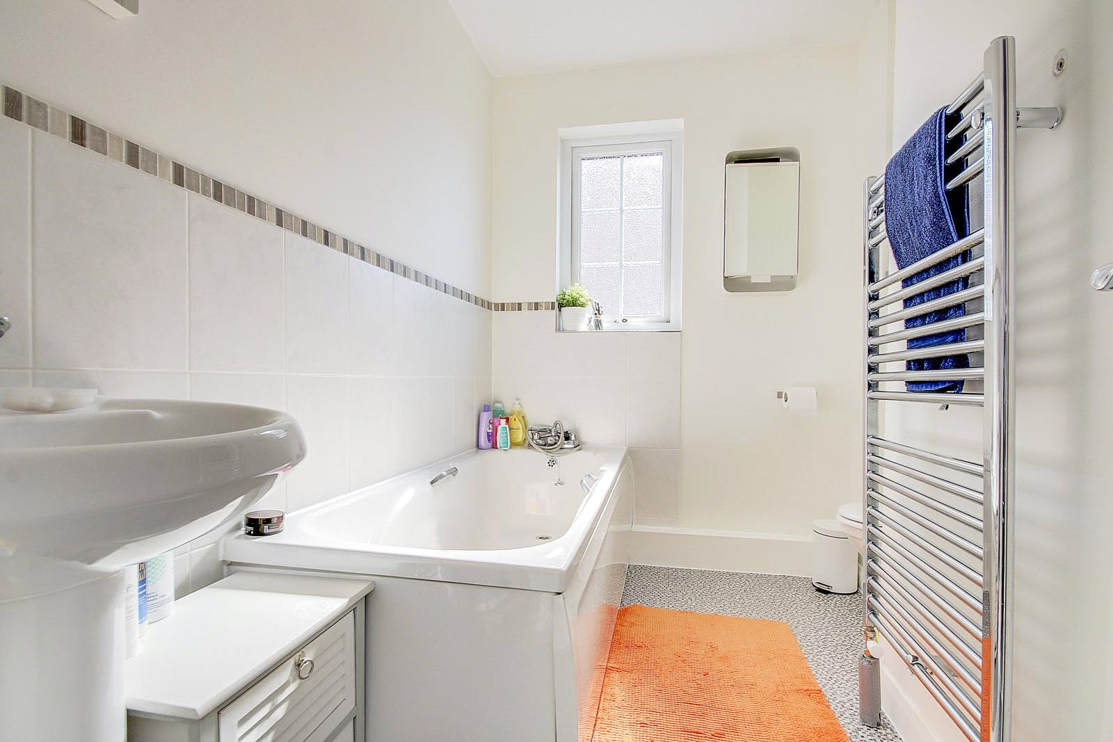 3 bed house for sale in Carvel Way, Littlehampton 6