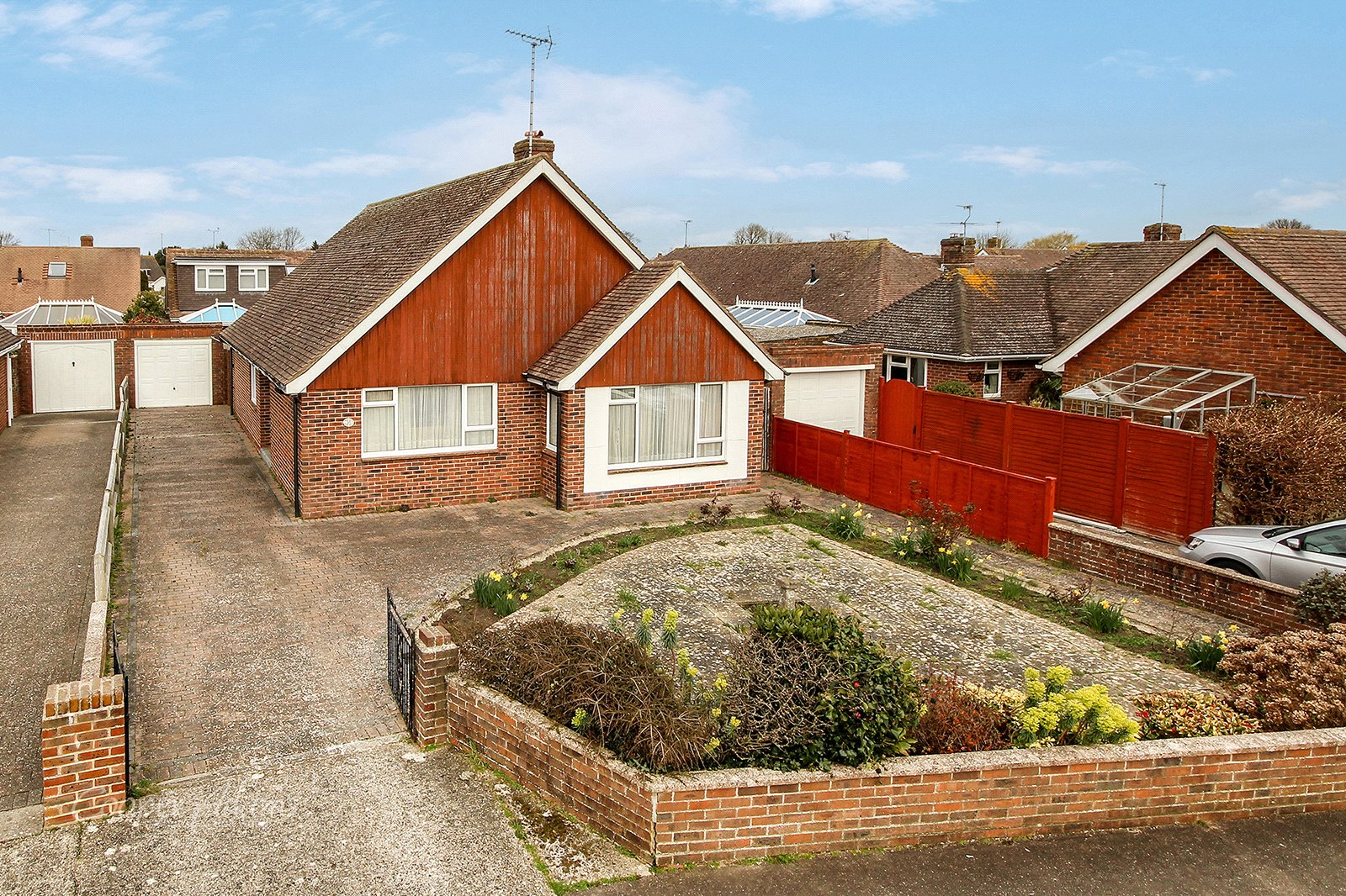 3 bed bungalow for sale in Parry Drive, Rustington  - Property Image 1