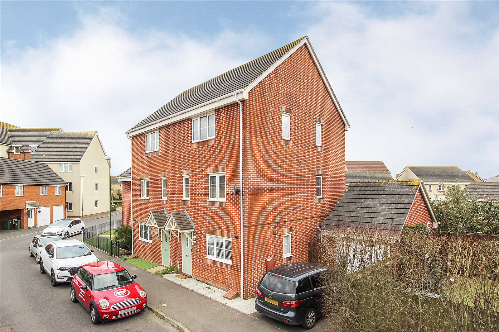 4 bed house for sale in Cheal Way, Littlehampton, BN17