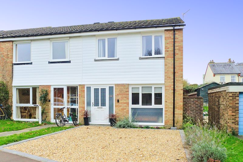 3 bed house for sale in Little Breach, Chichester - Property Image 1