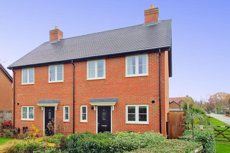 2 bed house for sale in Tawny Close, Chichester  - Property Image 1
