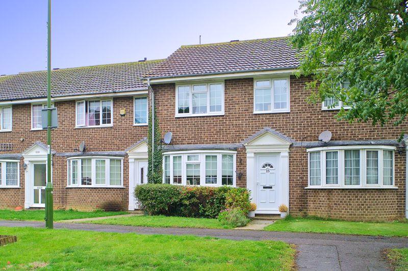 3 bed house for sale in Stempswood Way, Bognor Regis - Property Image 1