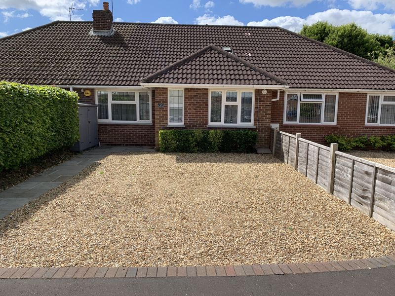 2 bed bungalow for sale in Ettrick Close, Chichester - Property Image 1