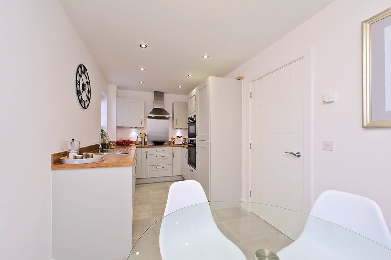 3 bed house for sale in North End Road, Arundel  - Property Image 3