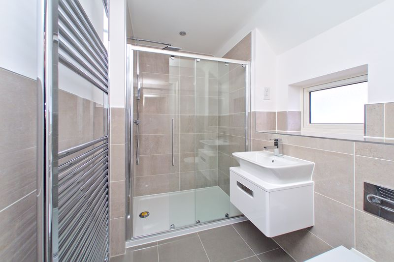 3 bed house for sale in North End Road, Arundel 4
