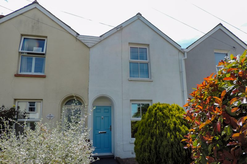 2 bed for sale in Bognor Road, Chichester - Property Image 1